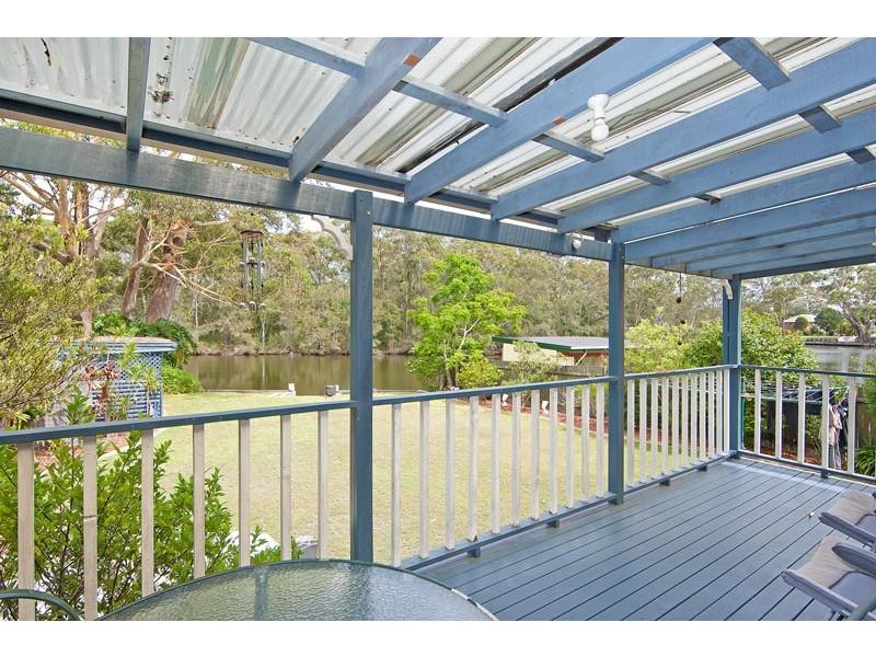 11 Riverview Drive, Wyong NSW 2259
