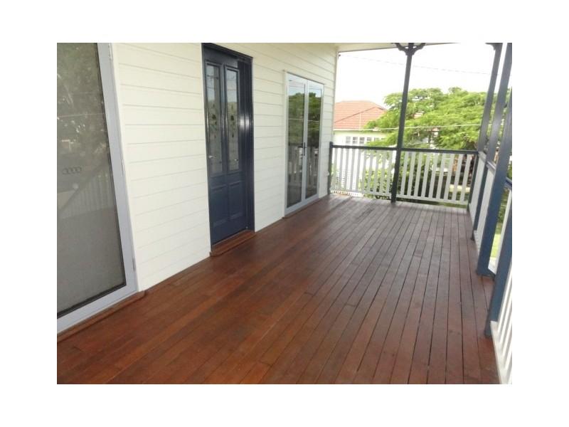 42 Stuart Street, Bulimba QLD 4171