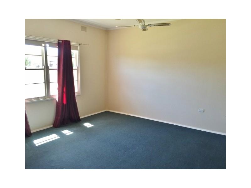 24 Ballantyne Street, Wudinna SA 5652