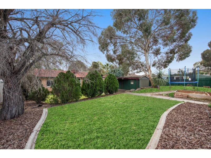 30 Woodlands Road, Elizabeth Downs SA 5113