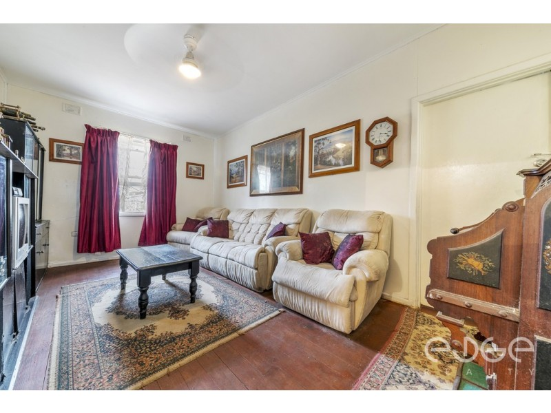 10 Whitsbury Road, Elizabeth North SA 5113