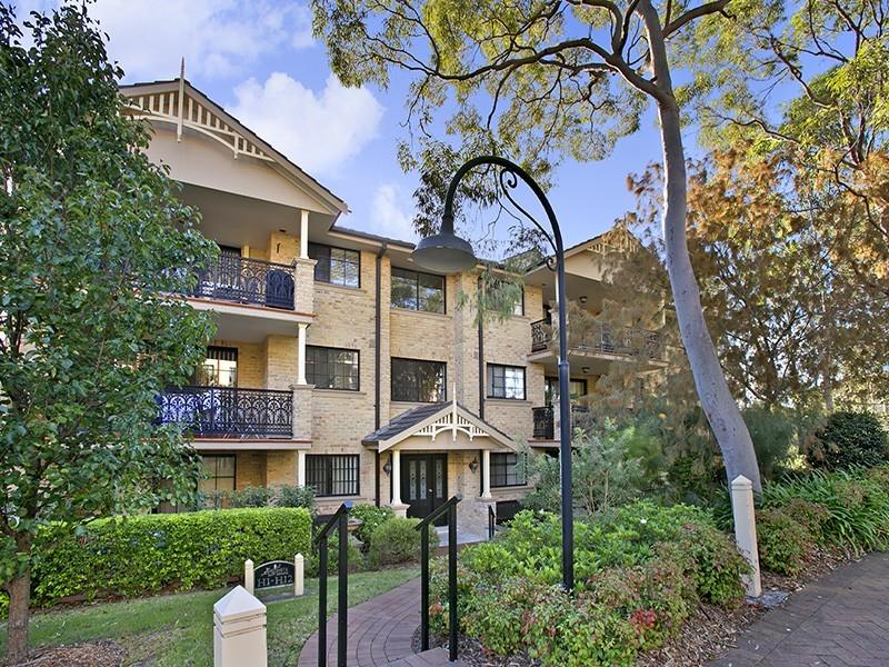 6H/6 Schofield Place, Menai NSW 2234