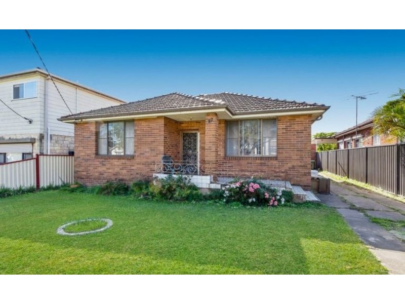 27 Petunia Avenue, Bankstown NSW 2200
