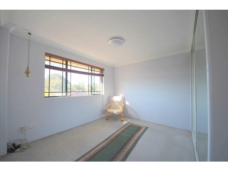 10/29-33 De Witt Street, Bankstown NSW 2200