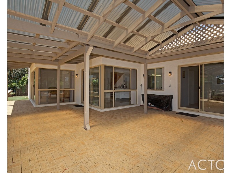 47 Delta Drive, South Yunderup WA 6208