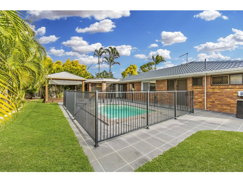 8 Willow Street, Kippa-ring QLD 4021
