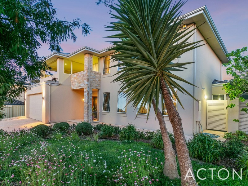 10 Chesson Street, Alfred Cove WA 6154