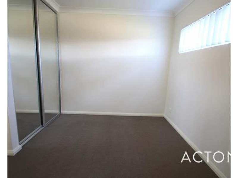 2/7 Goldsmith Road, Spearwood WA 6163