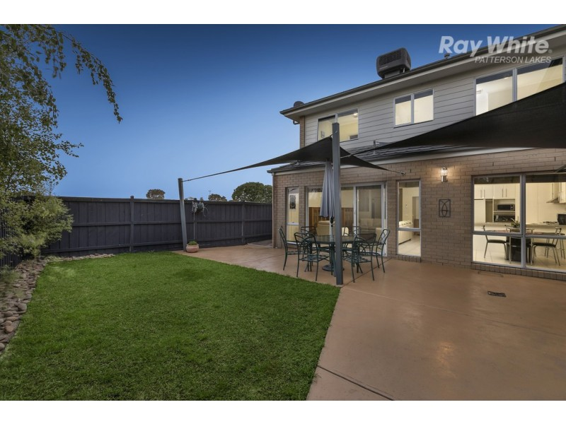 4 Hogan Close, Bonbeach VIC 3196