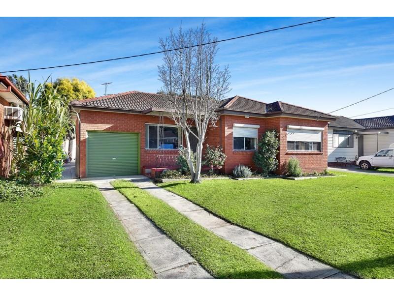 5 Holman Street, Canley Heights NSW 2166