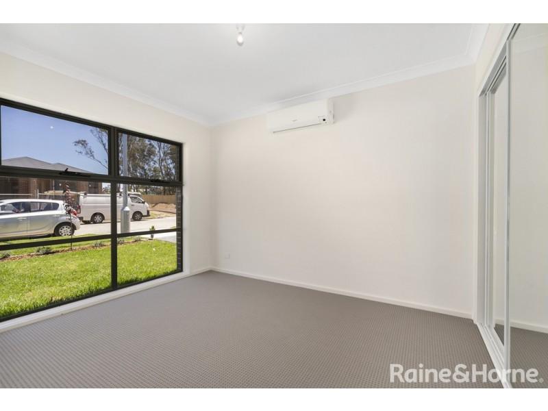 24 Contour Road, Austral NSW 2179