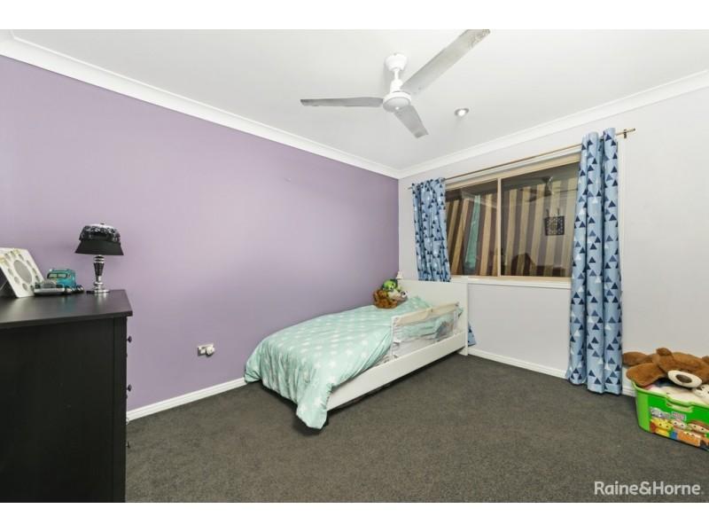 262 WILLIAMSON ROAD, Morayfield QLD 4506