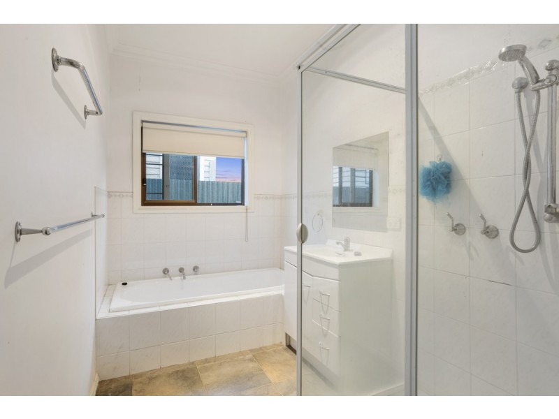 71 Booth Street, Golden Square VIC 3555