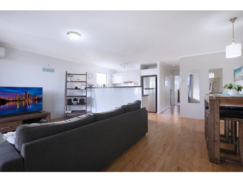 2/27 Whytecliffe Street, Albion QLD 4010
