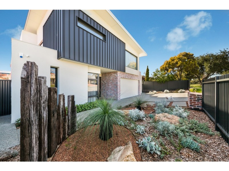 1A Stirk Road, Alfred Cove WA 6154