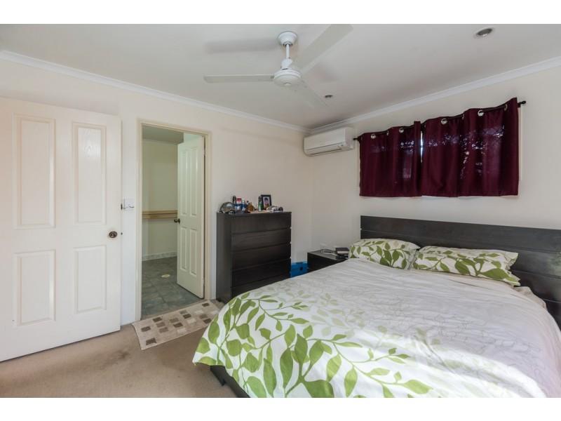 6 Clive Crescent, Kepnock QLD 4670