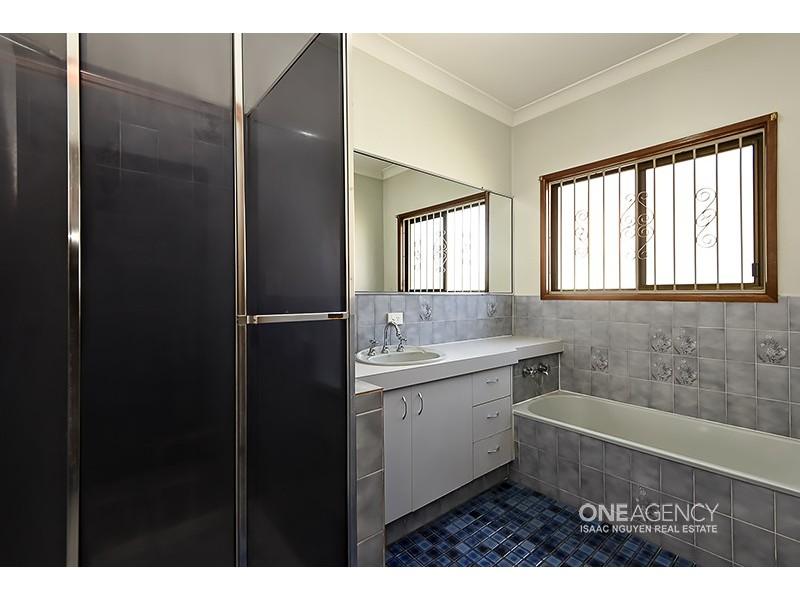 277 Blunder Rd, Durack QLD 4077