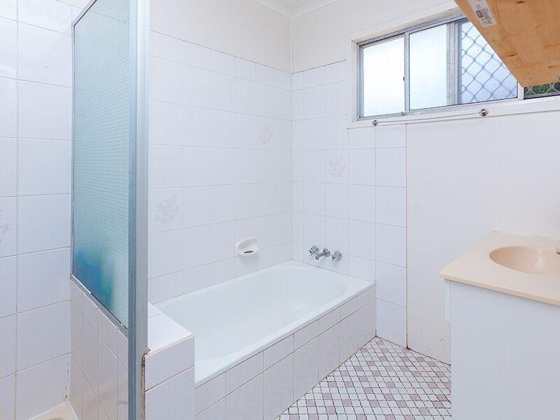 11 Delorme St, Durack QLD 4077