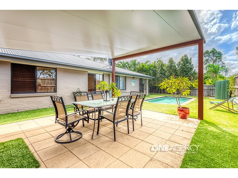 16 Rachele Close, Forest Lake QLD 4078