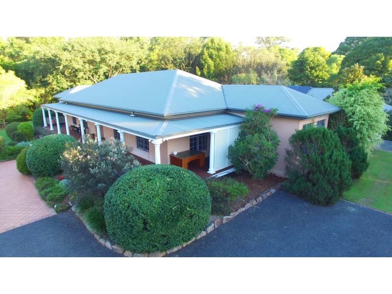 130 Gold Creek Road, Brookfield QLD 4069