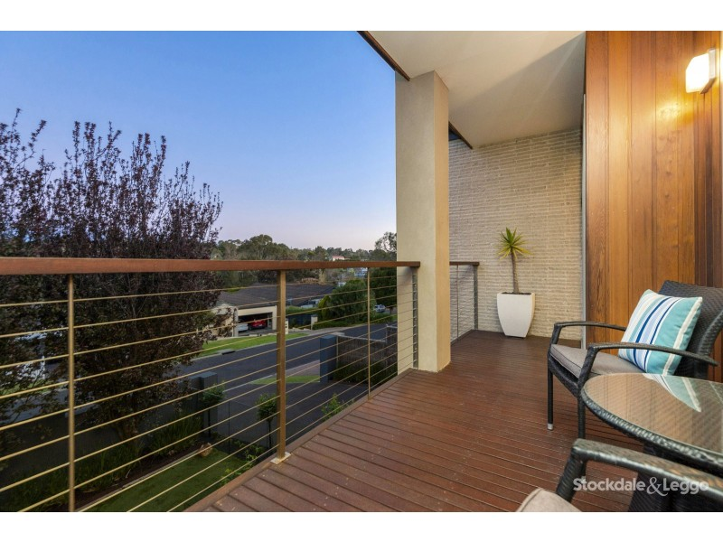 22 Ocean Grove, Mount Eliza VIC 3930