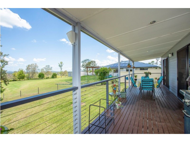 27 Palmer Court, The Dawn QLD 4570