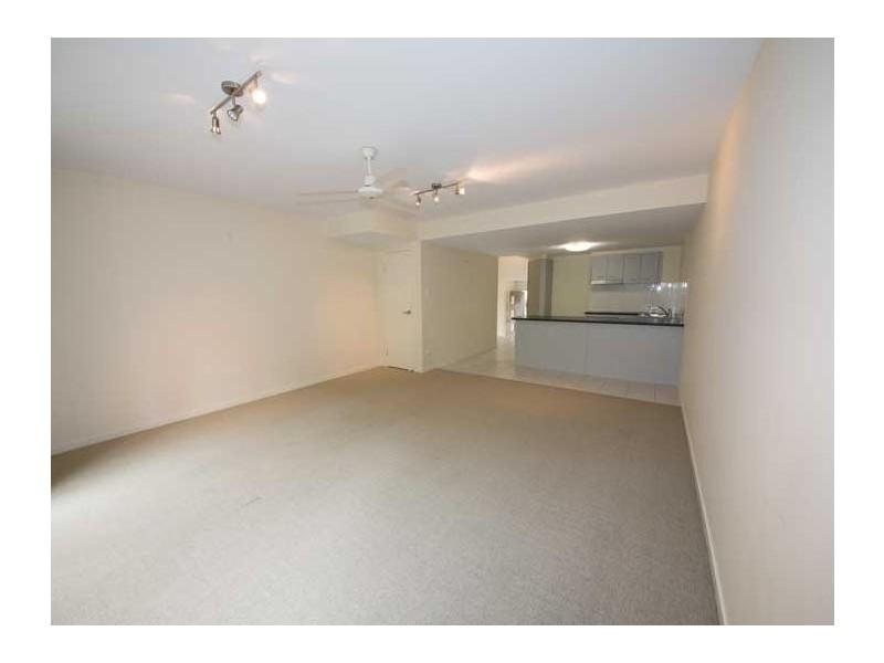 70 Netherton St, Nambour QLD 4560