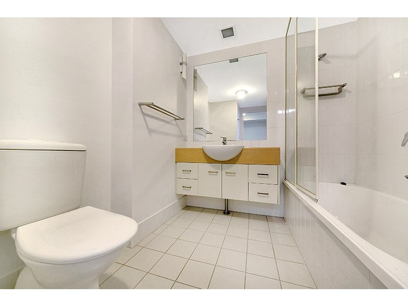 Unit 38/ 22 Riverview Terrace, Indooroopilly QLD 4068
