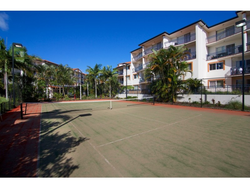6/150 Marine pde, Southport QLD 4215