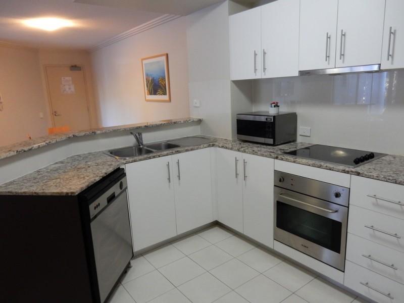 1041/89 Landsborough Avenue, Scarborough QLD 4020