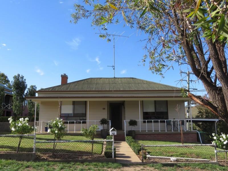 43 Punch Street, Gundagai NSW 2722   Sell Smart Real Estate   For Sale