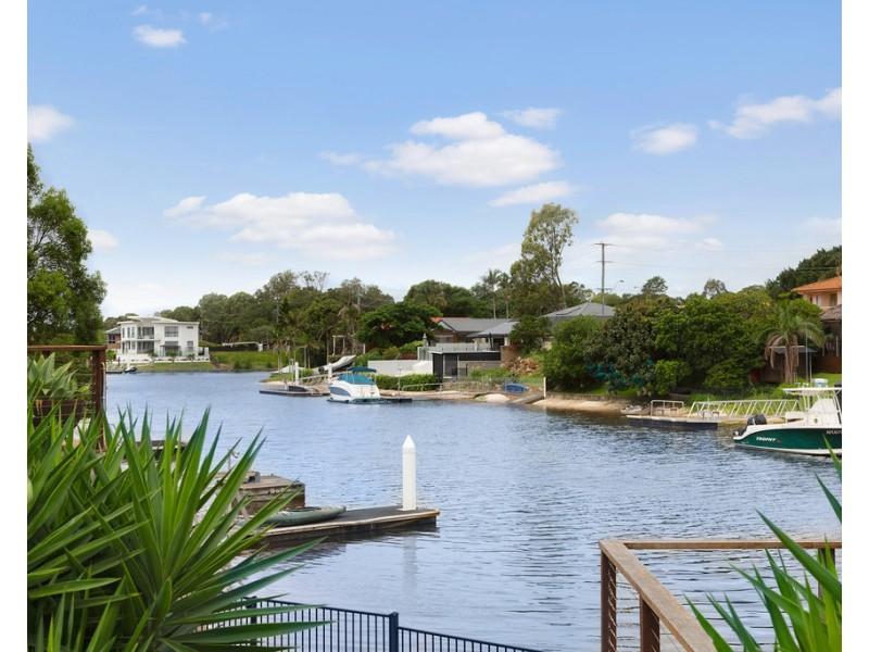 1 River Crescent, Broadbeach Waters QLD 4218