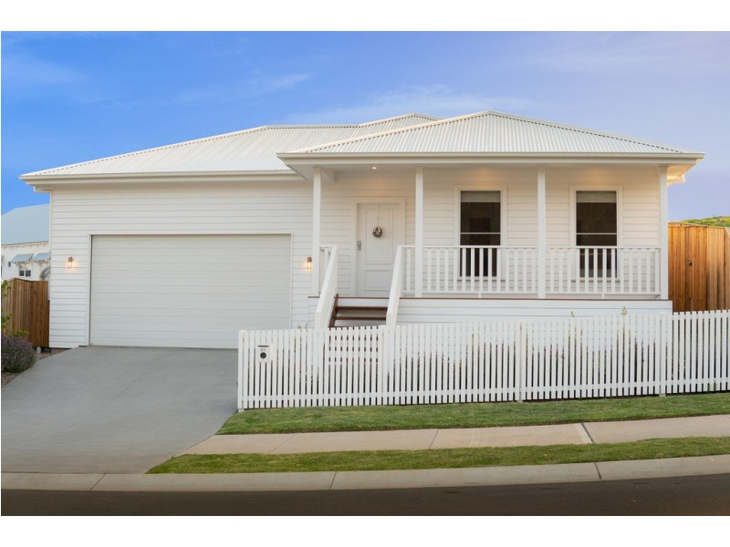 90 Parker Crescent, Berry NSW 2535