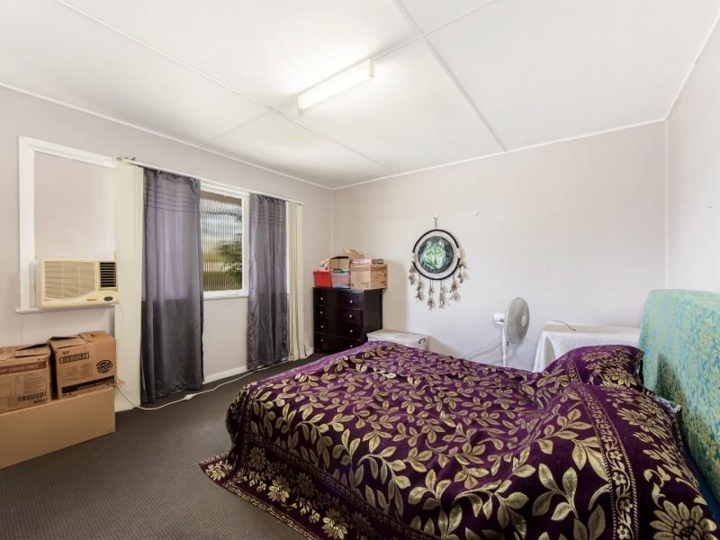 5 Tarcoola Street, East Ipswich QLD 4305