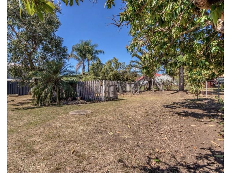 31 Bergin Street, Booval QLD 4304