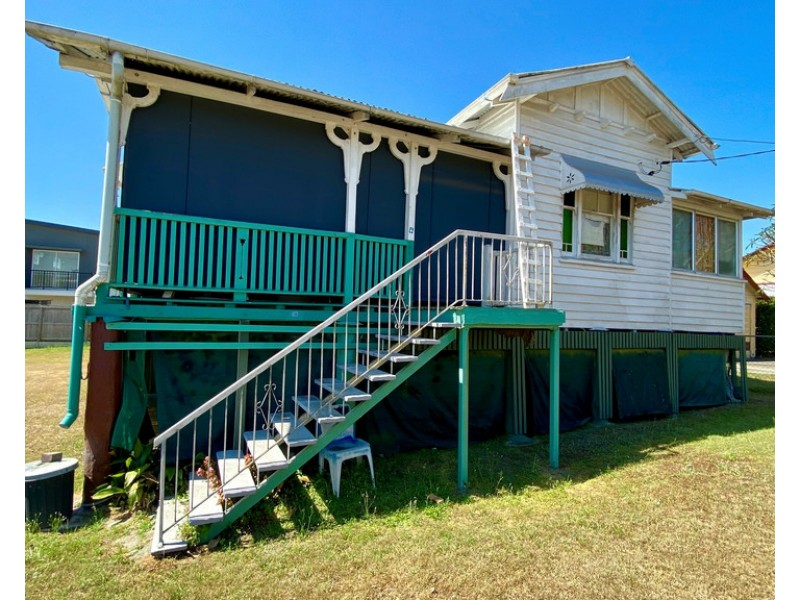 24 Clifton Street, Booval QLD 4304