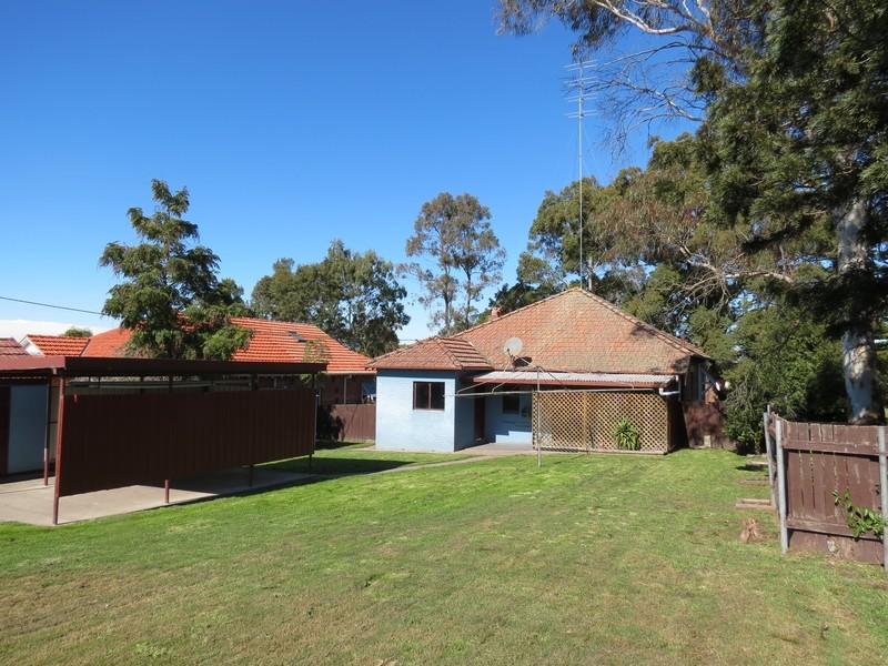 44 Tamworth Street, Abermain NSW 2326