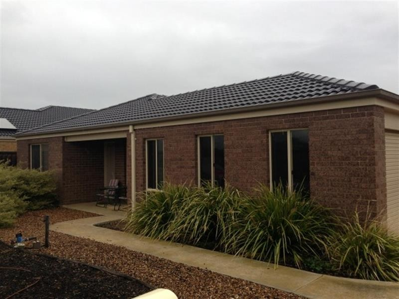 3 Alness Ct, Deer Park VIC 3023