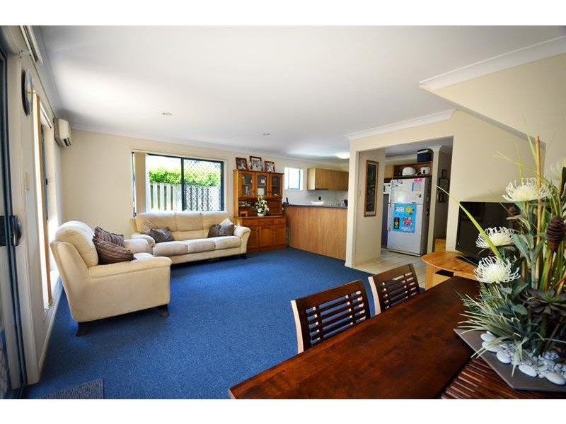 3/1 Pinecrest Ct, Oxenford QLD 4210