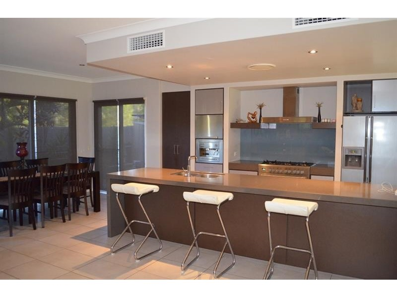 26 Nandina Ct, Upper Coomera QLD 4209