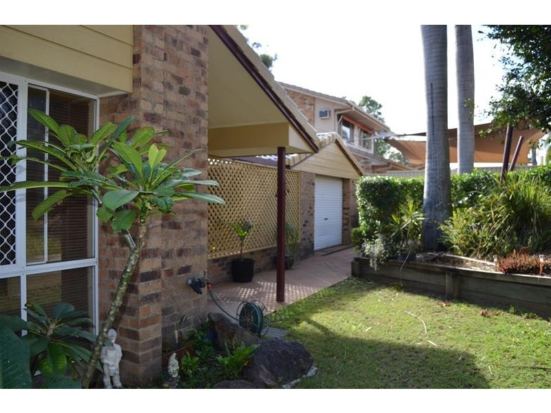 40 Open Dr, Arundel QLD 4214