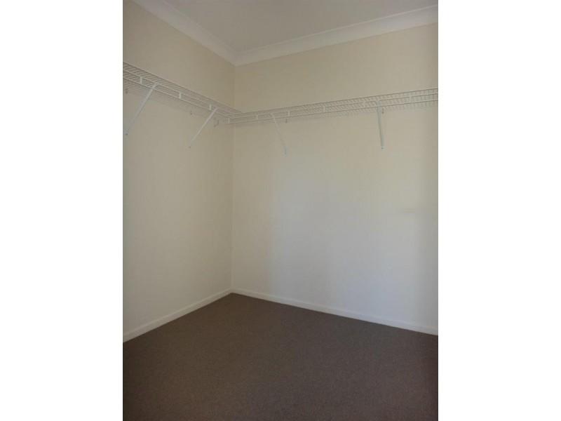 2/8 Merrell St, East Ipswich QLD 4305