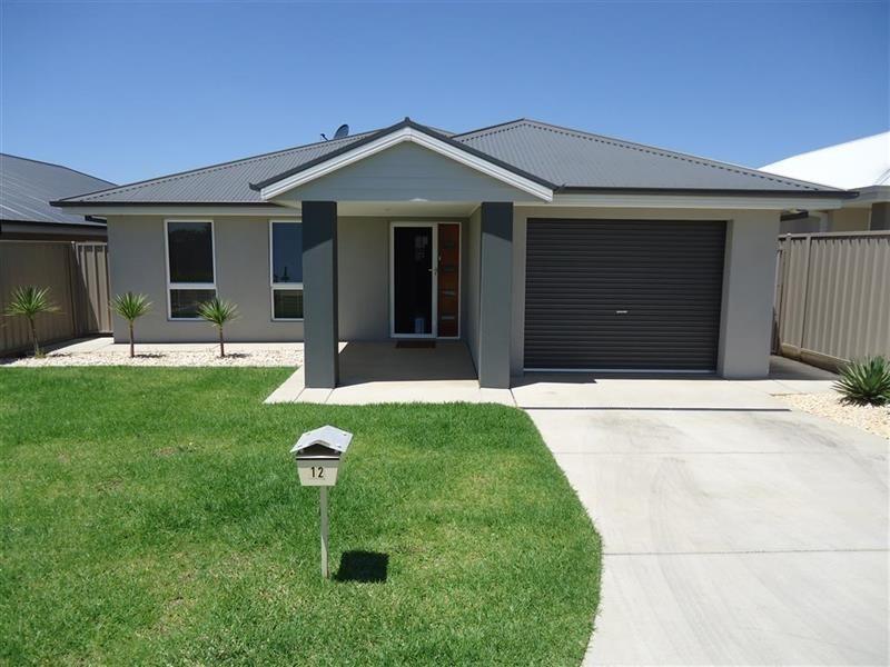 12/124 Mima St, Glenfield Park NSW 2650