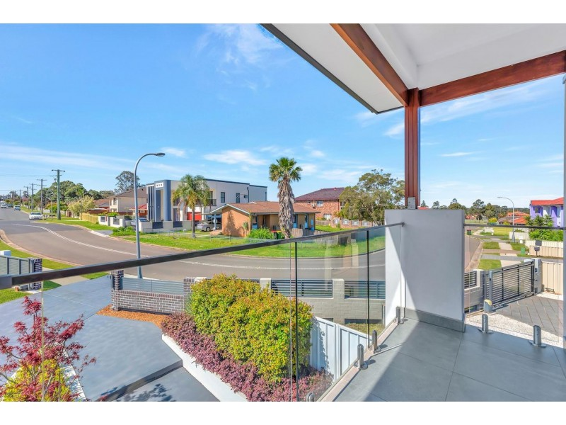 2 Angelina Crescent, Cabramatta NSW 2166