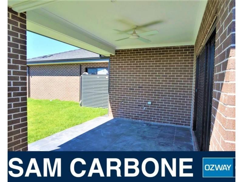 81 Easton Avenue, Spring Farm NSW 2570