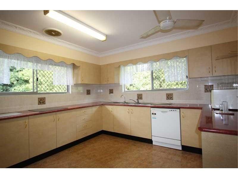 18 Tombonda Rd, Murwillumbah NSW 2484