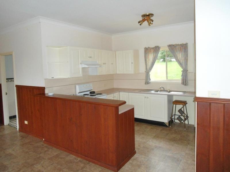84 Garland Rd, Bundanoon NSW 2578