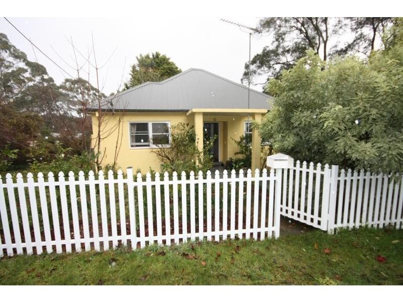12 Birriga Ave, Bundanoon NSW 2578