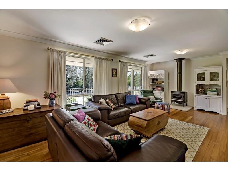91 Railway Ave, Bundanoon NSW 2578