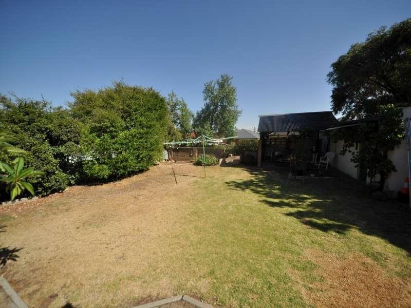 26 Manuel Ave, Blair Athol SA 5084